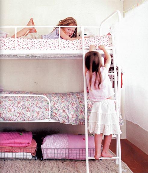 literas niñas habitacion rosa paramecios flores