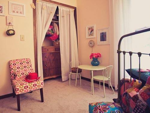 Guardar la ropa con encanto escarabajos bichos y mariposas for Armarios con cortinas
