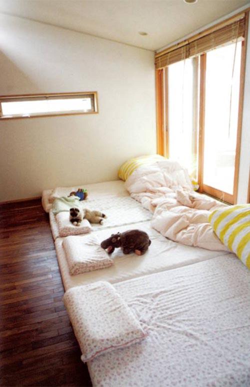 Camas para mayores parte ii escarabajos bichos y mariposas for Imagenes de futones